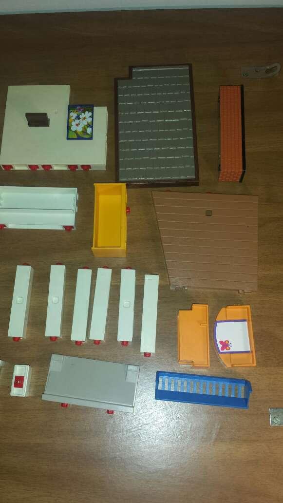 Imagen producto 34 piezas de playmobil diversas  6
