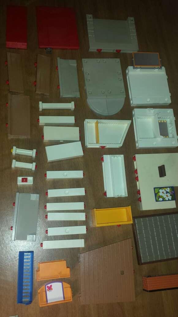 Imagen producto 34 piezas de playmobil diversas  9