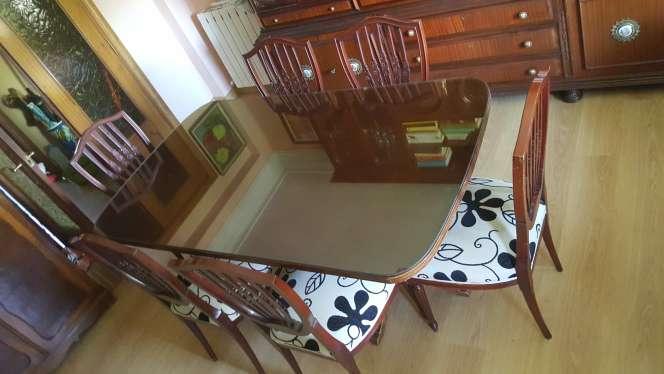 Imagen Mesa comedor y 6 sillas