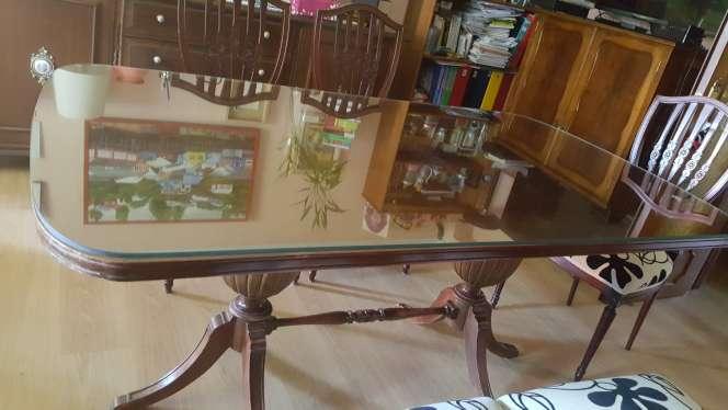 Imagen producto Mesa comedor y 6 sillas 4