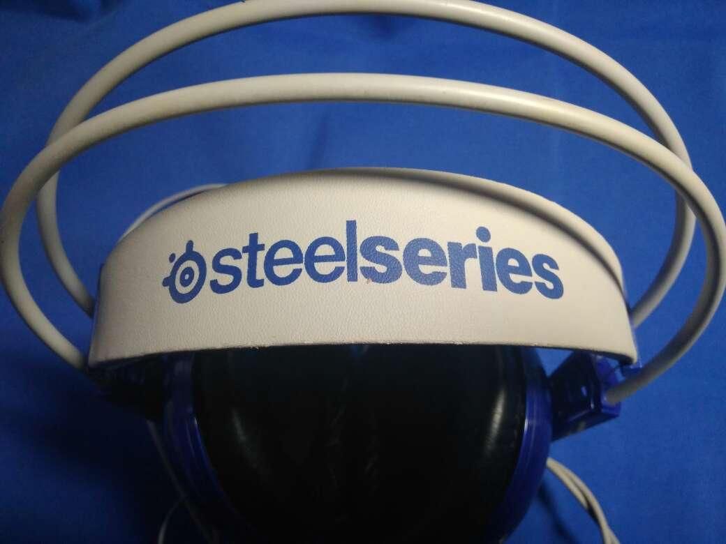 Imagen producto Steel Series Siberia 200-Auriculares para juegos, micrófono, gestión de Software, (PC/Mac / PlayStation/Móvil) 2