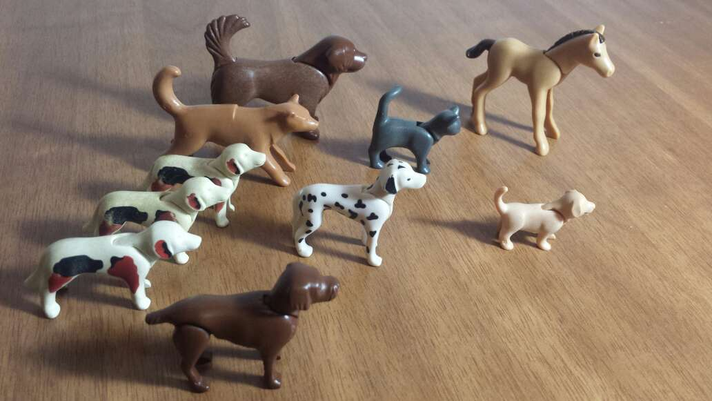 Imagen perros gatos playmobil