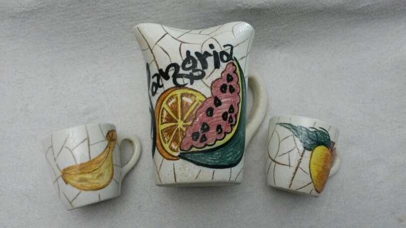 Imagen producto Jarra Sangría y dos jarritas 6