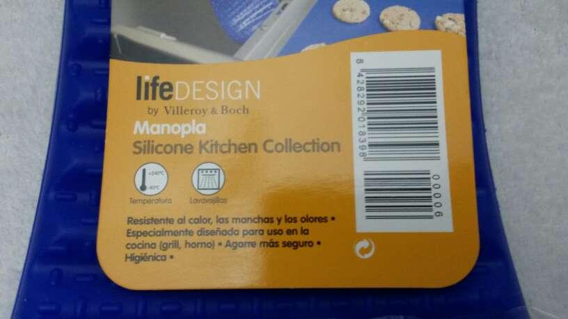 Imagen producto Manopla silicona 4