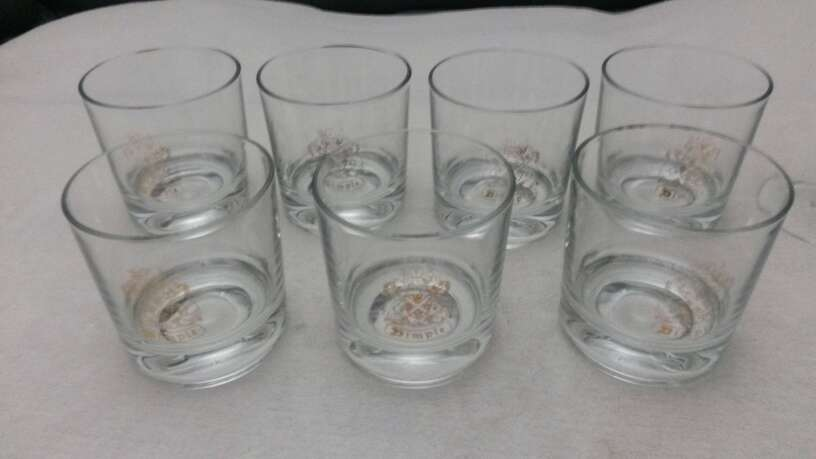 Imagen producto Lote vasos de whisky & copias vino Osborne solaz 3