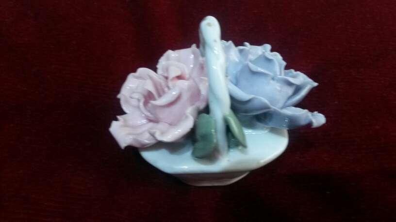 Imagen producto Lote de figuras porcelana 3