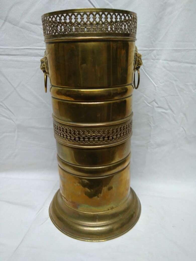 Imagen producto Paragüero de bronce rejilla 4