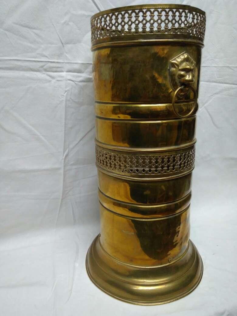 Imagen producto Paragüero de bronce rejilla 3