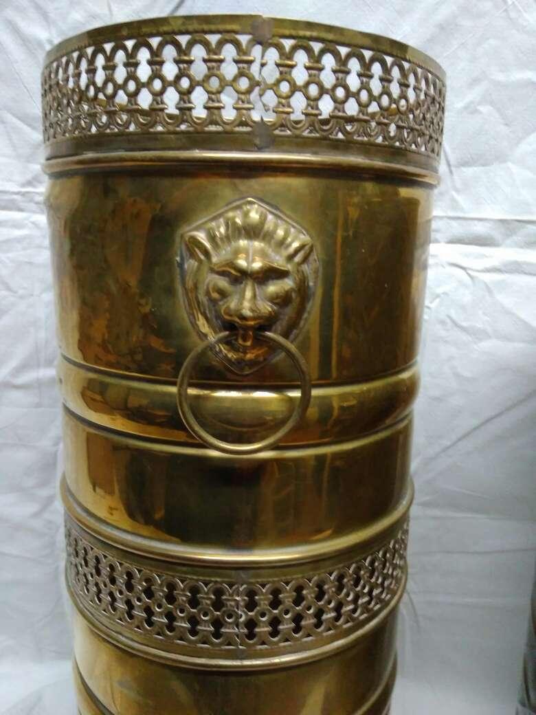 Imagen Paragüero de bronce rejilla
