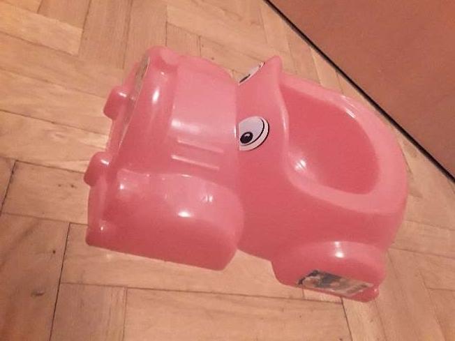 Imagen producto Orinal en forma de coche 4