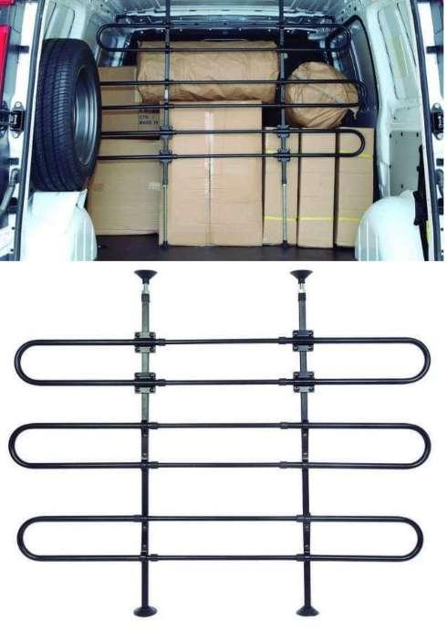 Imagen producto Separador de cargas mercancíasReja adaptable para cualquier tipo de furgoneta.  2