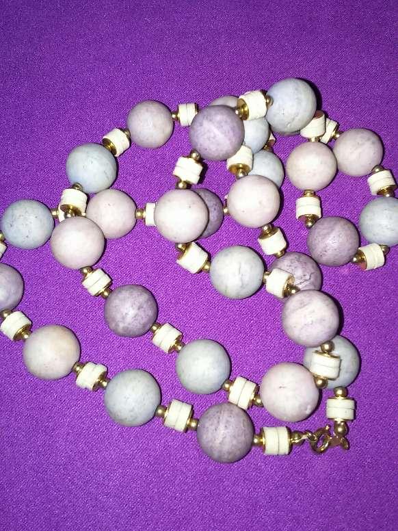 Imagen producto Collar de piedra  2
