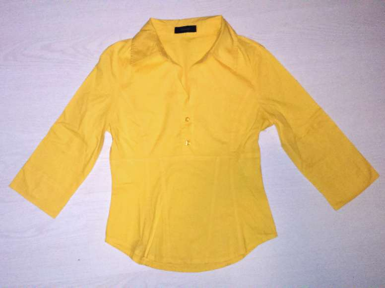 Imagen producto 4 blusas, talla S  5