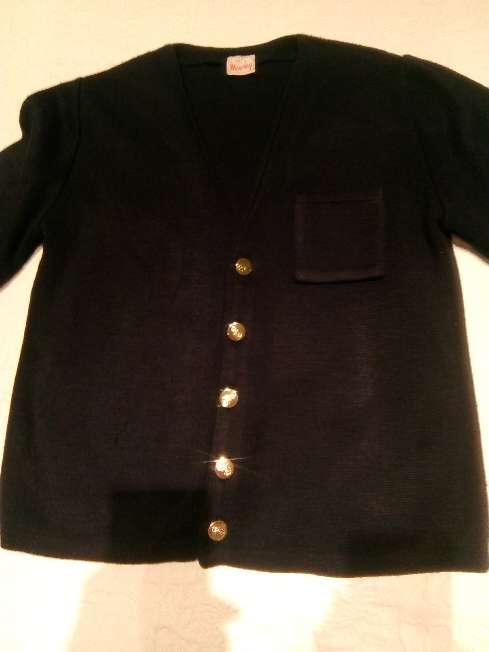 Imagen chaqueta de niño de punto con botones dorados talla 10_12