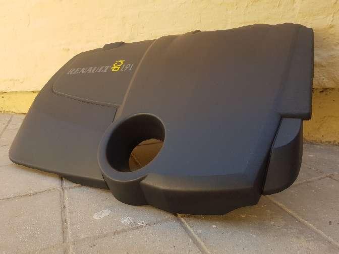Imagen producto Tapa Motor Renault Megane II 3