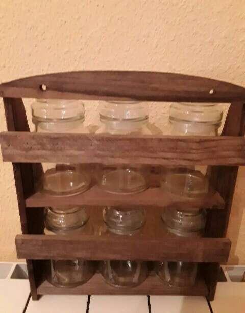 Imagen producto Especiero en mueble de madera nuevo 3
