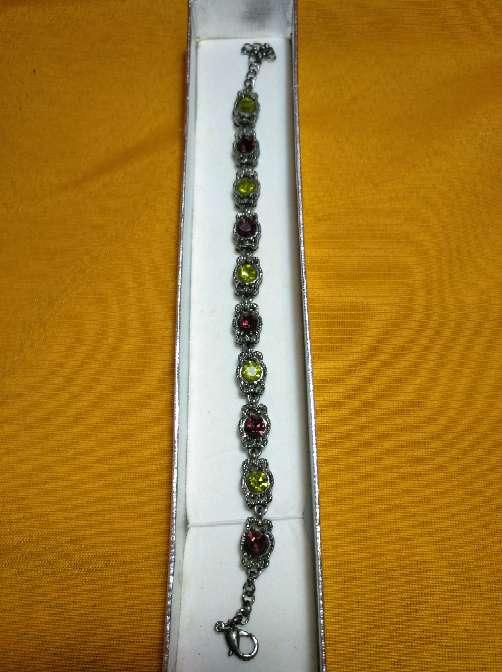 Imagen producto Pulsera con piedras. 2