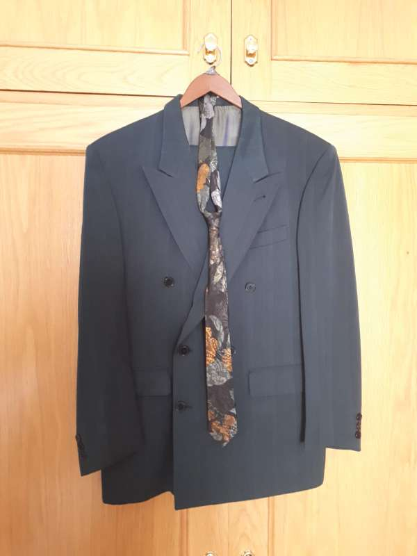 Imagen Traje con corbata
