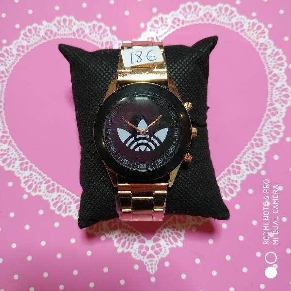 Imagen Reloj mujer estilo tous, CH, Adisas y Michael Kors