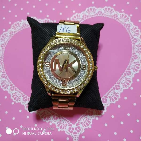 Imagen Rebajado.Reloj mujer CH 8€y Michael Kors15€