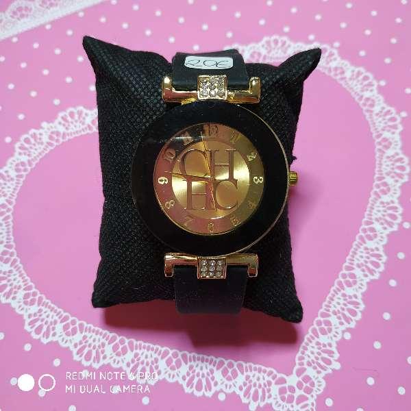 Imagen Reloj chica estilo CH varios colores