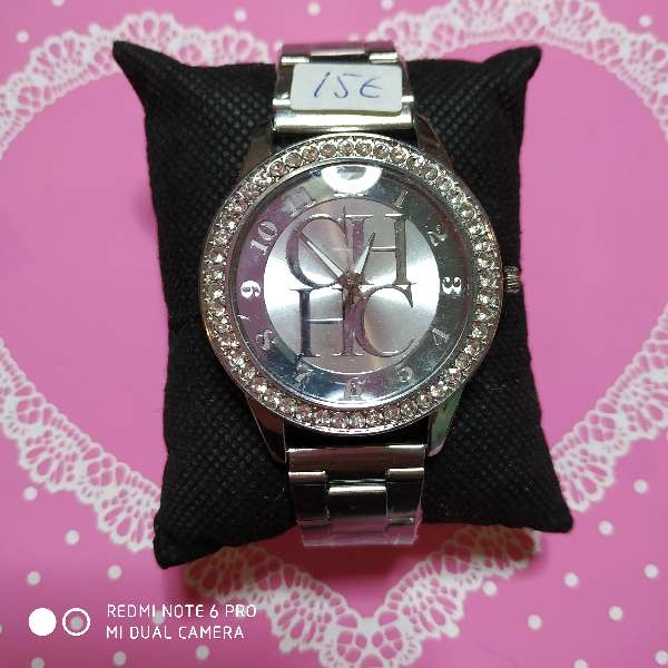 Imagen producto Reloj mujer estilo Carolina Herrera acero dorado o plateado 3
