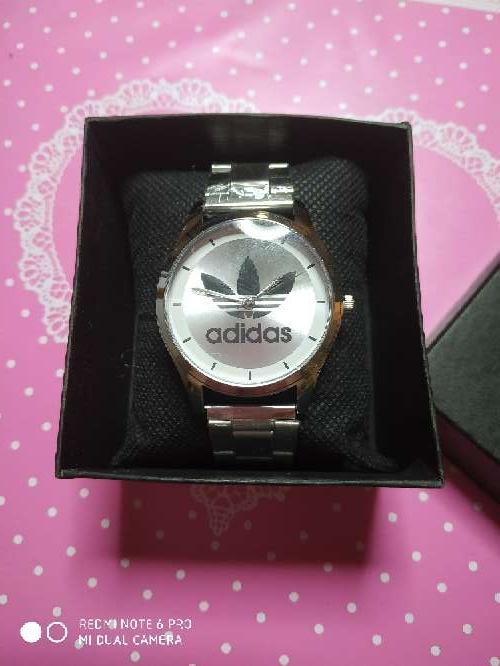 Imagen producto Reloj estilo gucci y estilo adidas 2