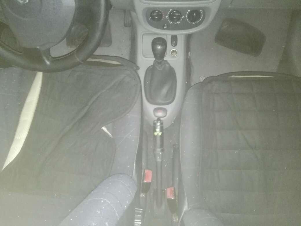 Imagen producto Vendo Renault Clio 2004 4