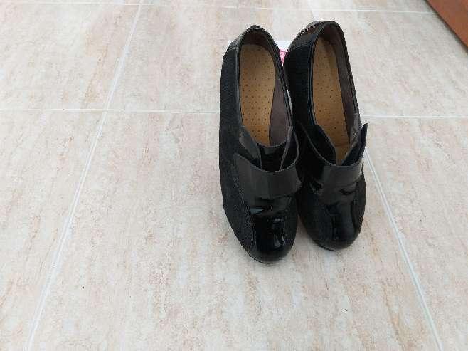 Imagen producto Zapatos de señora nuevos,  pies delicados. 2
