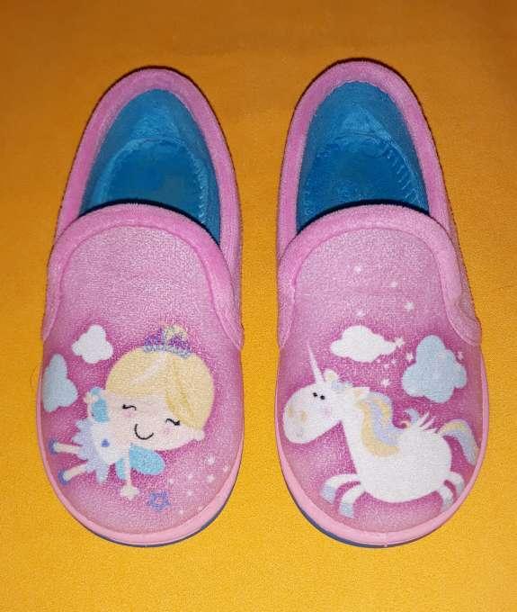 Imagen Zapatillas de casa, núm 27.