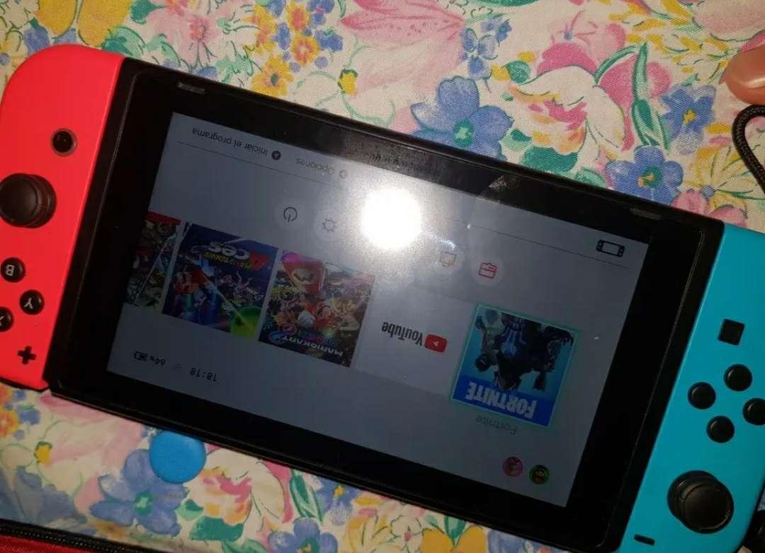 Imagen producto Nintendo switch con accesorios 2