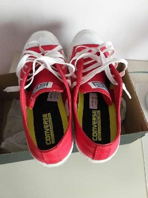 Imagen zapatillas converse en rojas nuevas