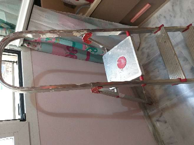 Imagen producto Escaleras de aluminio  2