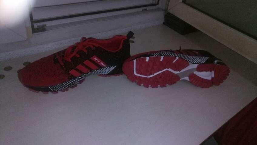 Imagen producto Zapatillas nuevas sin estrenar talla 46 5