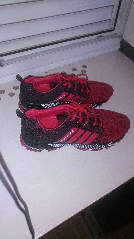 Imagen producto Zapatillas nuevas sin estrenar talla 46 7