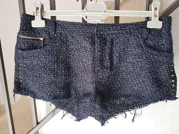 Imagen Pantalon corto pull and bear.