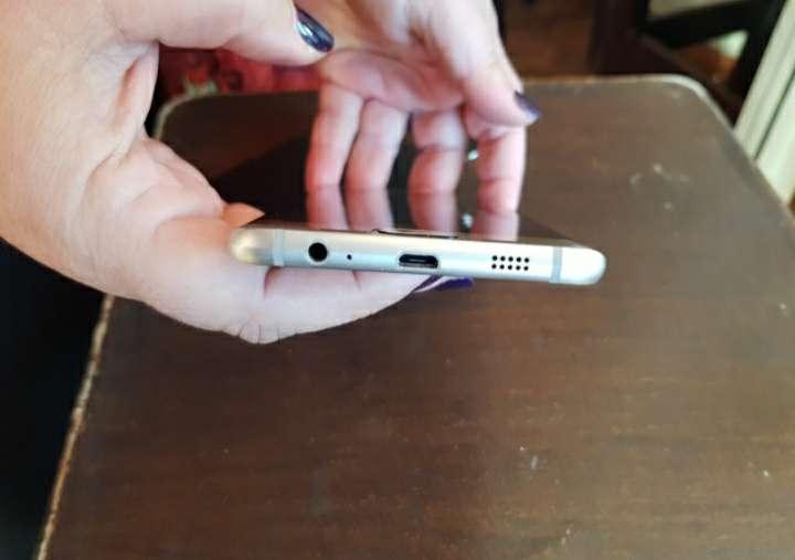 Imagen producto S8 dorado nuevo 4