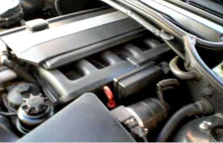 Imagen Motor bmw 320 funcionando