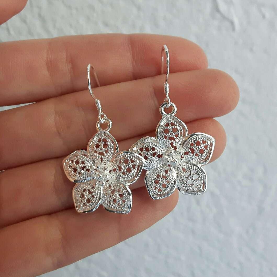 Imagen Pendientes flor de plata