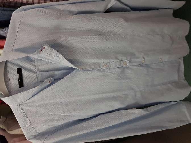 Imagen producto Camisas y traje  4