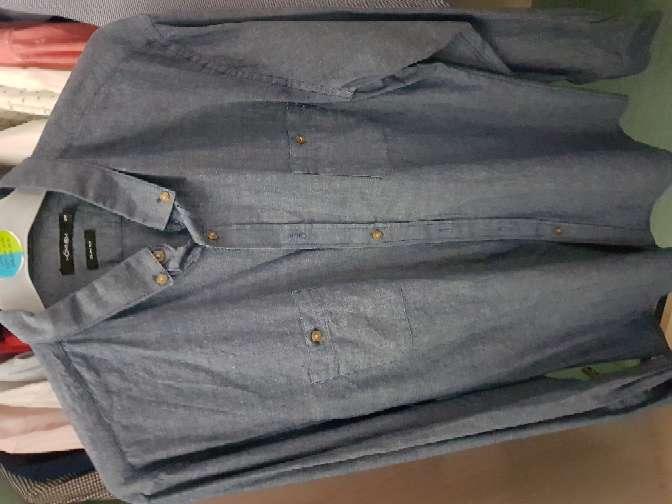 Imagen producto Camisas y traje  5