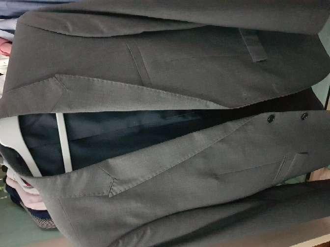 Imagen producto Camisas y traje  7