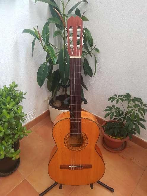 Imagen producto Guitarra flamenca.  4