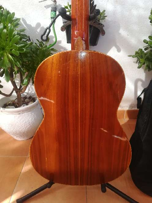 Imagen producto Guitarra Quiles  2