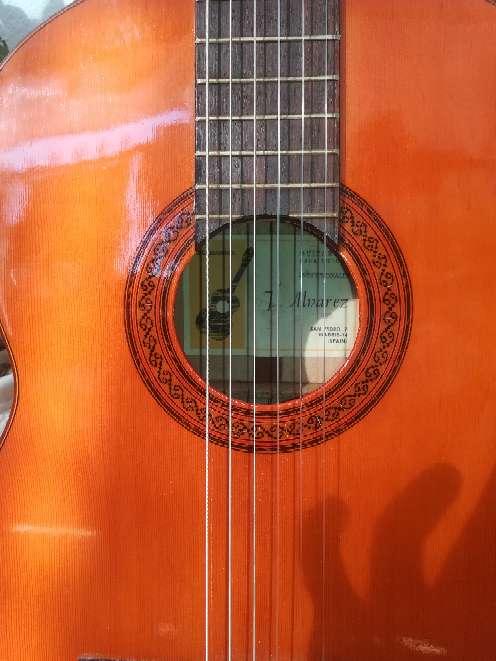 Imagen producto Guitarra juan alvarez.  6