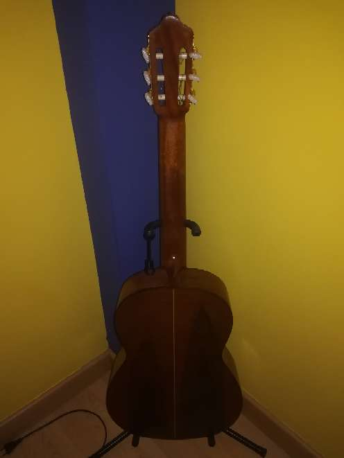 Imagen producto Guitarra antigua.  3