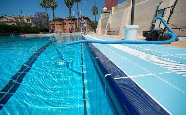 Imagen producto Mantenimiento de comunidades y piscinas  2
