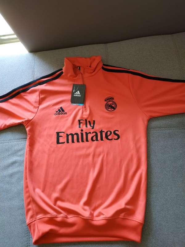 Imagen producto Chandal real madrid talla S a XL 4