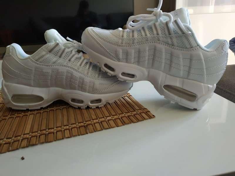 Imagen producto Nike Air Max 95 blancas 3