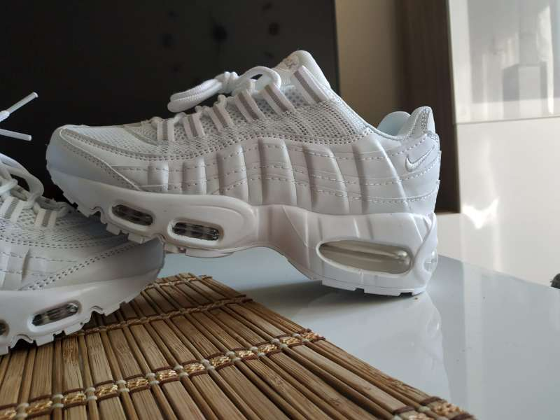 Imagen producto Nike Air Max 95 blancas 2